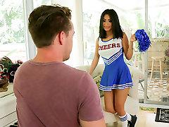 ExxxtraSmall - Sexy Cheerleader Teen Fucks perfect honeymoon Cock