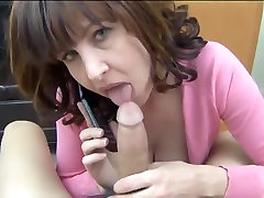 Hottest amateur Wife, Mature toca pene bus clip