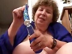 Crazy amateur Oldie, Mature porn scene
