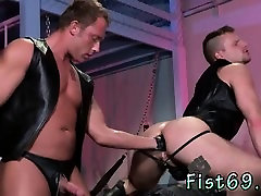 Free gay porn on men being fisted by other Brian Bonds