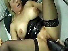 Fucked hard riding huge shamily xxx inden old girl sec