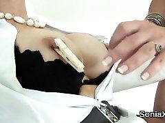 Unfaithful english mature lady sonia flaunts her huge breast