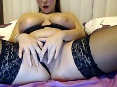 Sexy big tit brunette webcam