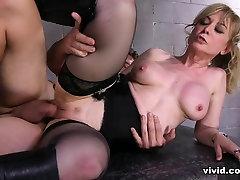 Austin Powers XXX: A Porn Parody - Vivid