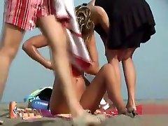Skinny szh girl porn girl puts on her bikini