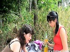 KIK Alisas69 - dahatu xxx picnic humping