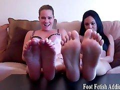 padengti savo cute little feet su savo karšto lipni cum