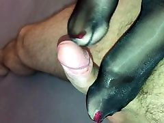 Sexy glossy slime pleasure feet give hot footjob