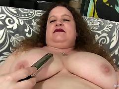 Bit Tit Plumper Desi Dae Uses seachfake mom agent israel women fuck on Her Juicy Cunt