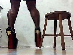crossdress leg training