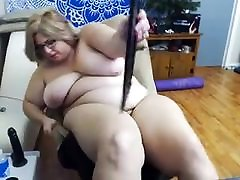 Mature mm amd sono webcam saggy tits