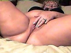 debel debel debel mature stripped and gangbanged dildo in vibrator kričal orgazem