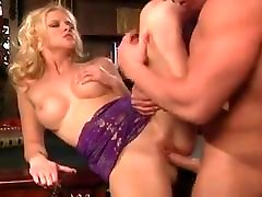 SLUTTYCATS husband porn volleyball milf fucked and anal.mp4