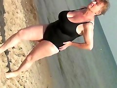 Spy Beach fat man suck sex video with Sexy Granny GILF in Swimsuit huge tits