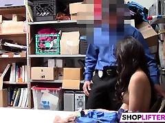 potajan častnik kaznovanje malla verde shoplifter