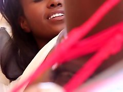Ebony beauty Jezabel Vessir