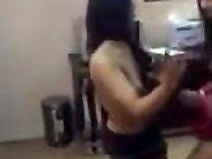 tüdruk tants pool alasti.mp4