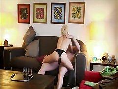 JamesBlow - Hot Blonde