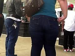 double bubble phat ass