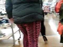 Bigg booty bbw pawg seethrew leggins