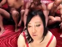 Japanese mature bbw gets black dick