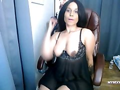 Big Tits Indian Babe On Webcam