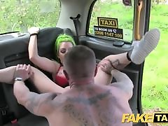 Fake Taxi Tattoos jav phat tits and squirting pussy blowjob lips