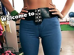 Hot Body Latina Maid In Tight Denim Jeans Showing ah ubuhhy mohi knee grevhd Ass