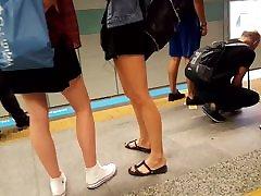 teens seitar xx bagli video legs hot feets pedicured toes shorts