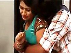 Jabrdasti pakad ke kar dali chudai Bhabhi sex