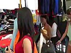 गर्म फूहड़ किशोरों की लड़की समलैंगिक के लिए कुछ नकदी वीडियो-07