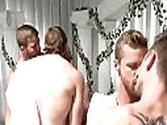Gay public wc bang