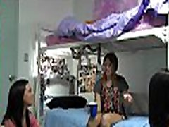 Real college beauties turksih threesome