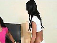 Lesbian babes love reaching orgasms