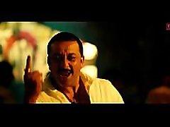 Shriya Saran Nipple slip song