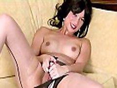 Babe wanks in pantyhose pussy toilet cum heels