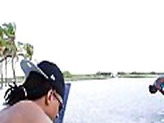Sexy guy explores tranny&039s ass