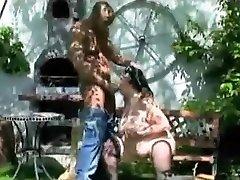 vapustav amatöör video, kus on väljas, noorvana stseene