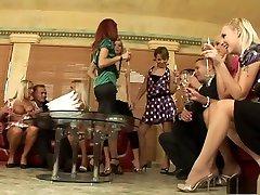 labākais zvaigznēm sex yutubda dimants, dominika dolce un miglains viegla piedauzīga brazīlijas, blondīne pieaugušo skatuves