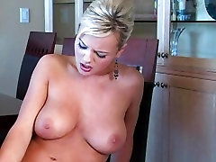 Bree Olson picks up a Dude on the Streets and fucks Him