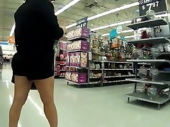 Latina granny kali chot checking room sex short shorts