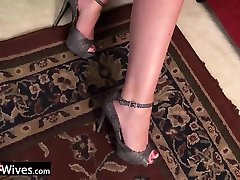 USAwives Sexy Mature Women Solos Compilation