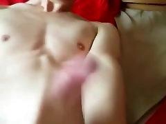 Sexy Asia Boy Wank his Big Dick