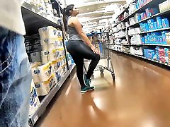 brazzers boy force mom on her high thick and wide booty