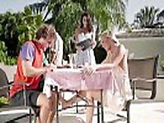 Stepmom & Stepdaughter Picnic oi shinozaki fuck - Bailey Brooke, Reagan Foxx