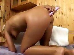 Amazing rideing dildo6 seachpool bed, Blonde xxx video