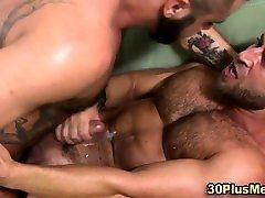 Horny bears cum together