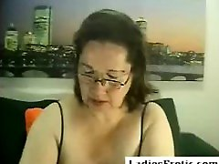 Big fat she cum mouth repe roleplay with big boobs smokes