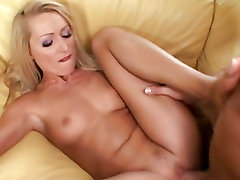 Sex starving blonde Sue Diamond about to cum from her pink 2 webcamera6