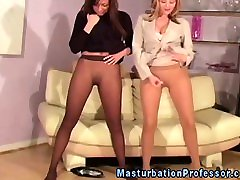 Two babes in pantyhose il devierge strip